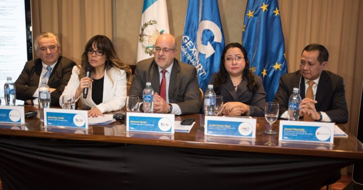 Sigue Shares ICT Council Model to GuatemalanCities