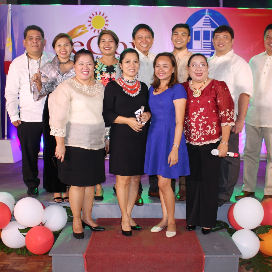 With Visayas ICT councils leaders at the eGOV Awards in Tacloban last November 2016